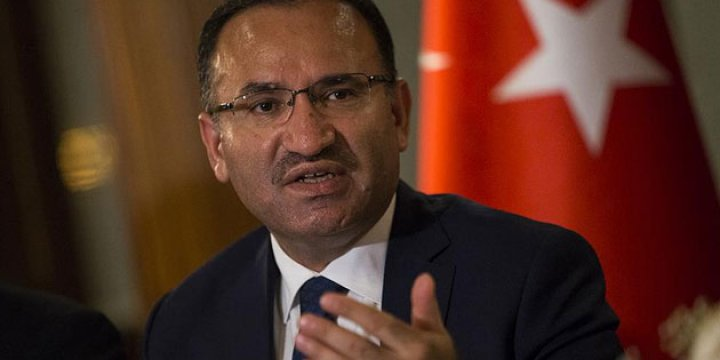 Mustafa Kemal'e Sığınmak