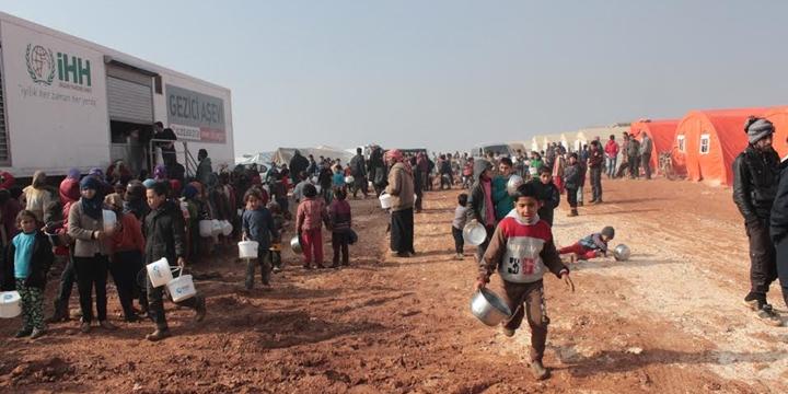 Özgür Çocuk Kulübü Ekibi Suriyeli Çocukları Ziyaret Etti
