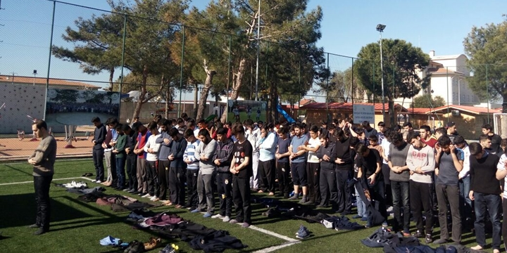 Özgür-Der Lise Gençliği'nin Ara Dönem Kampı Başladı
