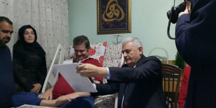 Başbakan Binali Yıldırım, ALS Hastası Yasin Asma Kardeşimizi Ziyaret Etti