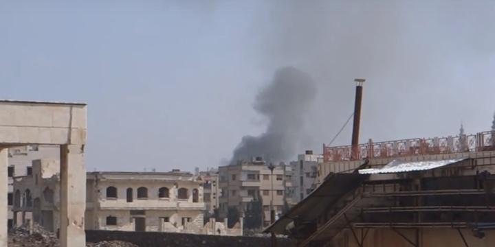 Esed Güçleri Humus'a Saldırdı: 9 Sivil Hayatını Kaybetti!