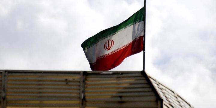 İran, Askerî Öğrencilerini Suriye'ye Gönderiyor!