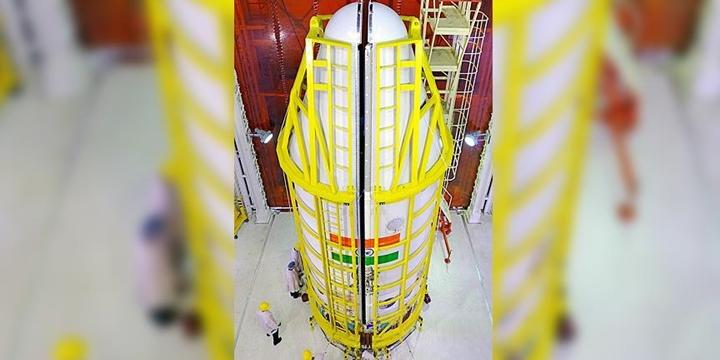 Hindistan Tek Seferde Uzaya 104 Uydu Gönderdi