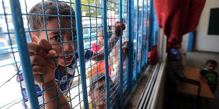 İşgalci İsrail Polisi Doğu Kudüs'te Bir İlkokulu Kapattı!