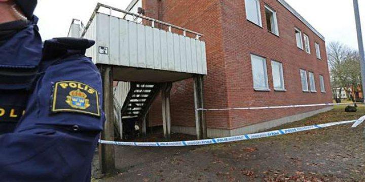 İsveç'te Sığınmacıların Kaldığı Bina Kundaklandı