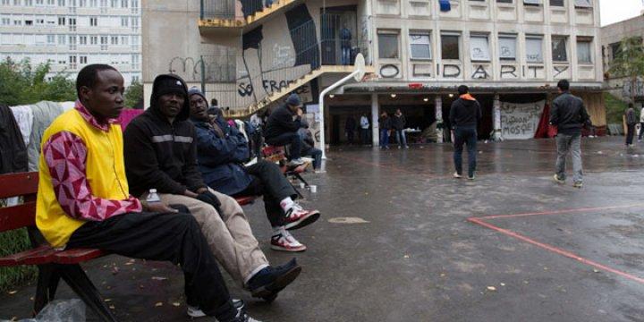 Fransa'da Sığınmacılara Yardım Edenler Baskı Görüyor