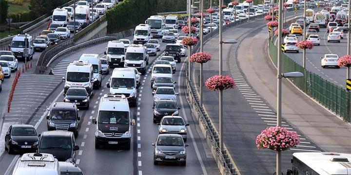 Türkiye'de Trafiğe 2 Ayda 178 Bin 455 Araç Eklendi