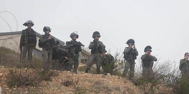 İşgalci İsrail Askerleri Mülteci Kampında Filistinlilere Ateş Açtı!
