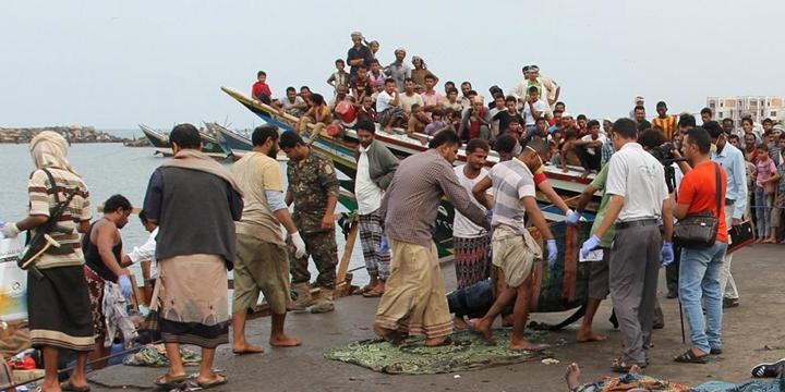 Göçmen Teknesine Helikopter Saldırısı: 42 Kişi Hayatını Kaybetti!