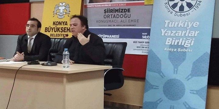 """Konya'da """"Şiirimizde Ortadoğu"""" Konuşuldu"""