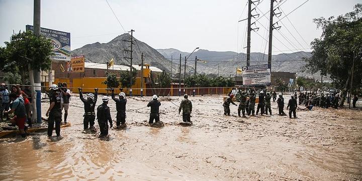 Peru'daki Sel Felaketi: Can Kaybı Sayısı 75'e Yükseldi