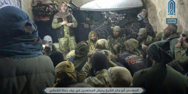 Tahrir'uş Şam ve ÖSO'nun Hama Operasyonu Bombalı Araçlarla Başladı