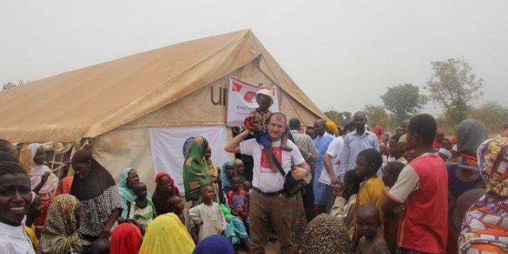 Çad'da AID ve TİKA'dan Mülteci Çocuklara Sünnet Hizmeti