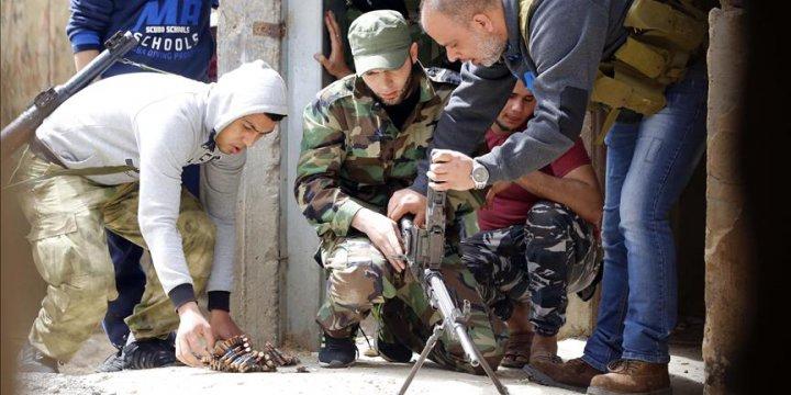 Lübnan'daki Ayn El-Helva Mülteci Kampındaki Çatışmalar Şiddetlendi