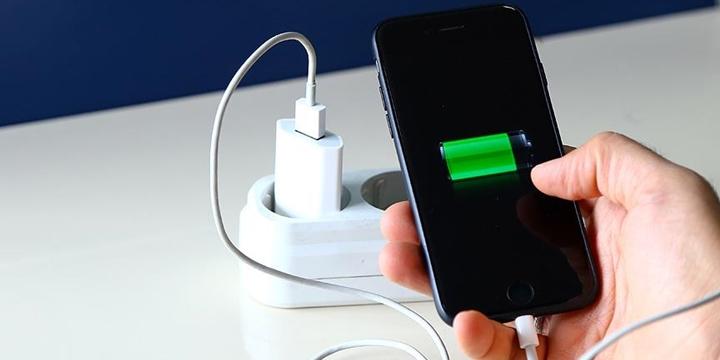 Akıllı Telefonların Pil Ömrünü Üçe Katlamanın Yolu Nedir?
