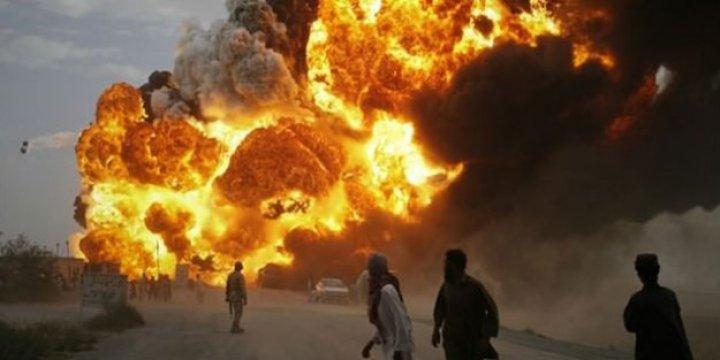 Afganistan'da Askeri Üsse Saldırı: En Az 100 Ölü Var