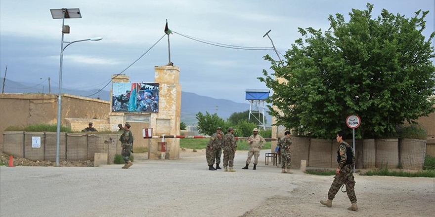 Taliban'ın Operasyonu İstifaları da Beraberinde Getirdi!