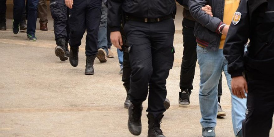 Antalya Merkezli FETÖ Operasyonunda 8 Tutuklama