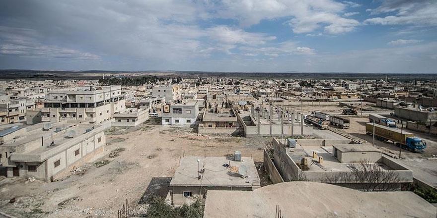 Türk Kızılayı Suriyeliler İçin İdlib'de Kalıcı Konut Yapacak