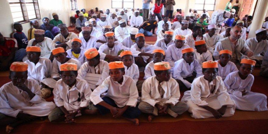 Madagaskar'da 16 Kur'an Kursu Kapatılıyor