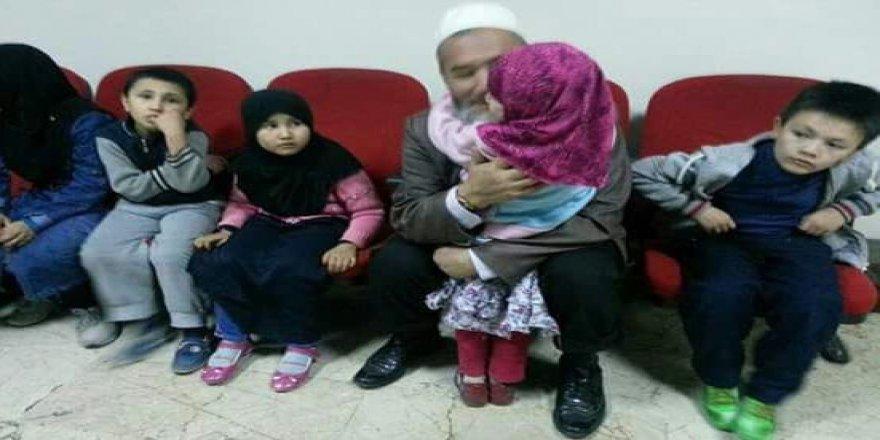 Uygur Müslümanlarını İşkencecilere Teslim Etmek Zulümdür!