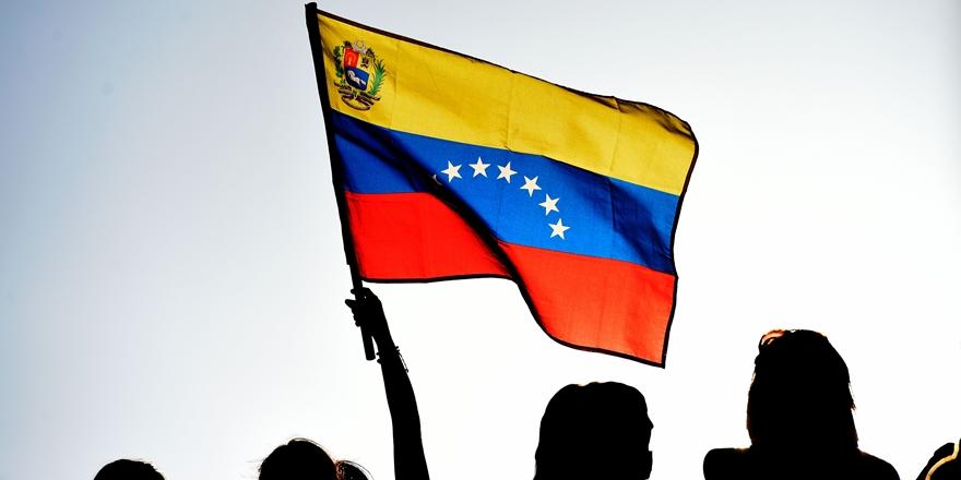 Venezuela'da Ekonomi İflasın Eşiğinde!