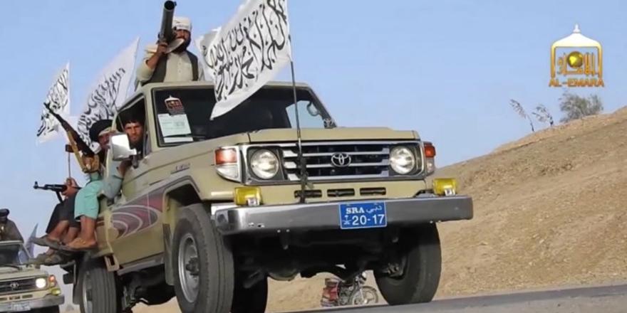 Taliban'dan Konvoylu Gövde Gösterisi: Geri Geliyoruz