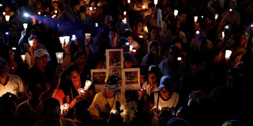 Venezuela'daki Gösterilerde Can Kaybı Sayısı 43'e Yükseldi!