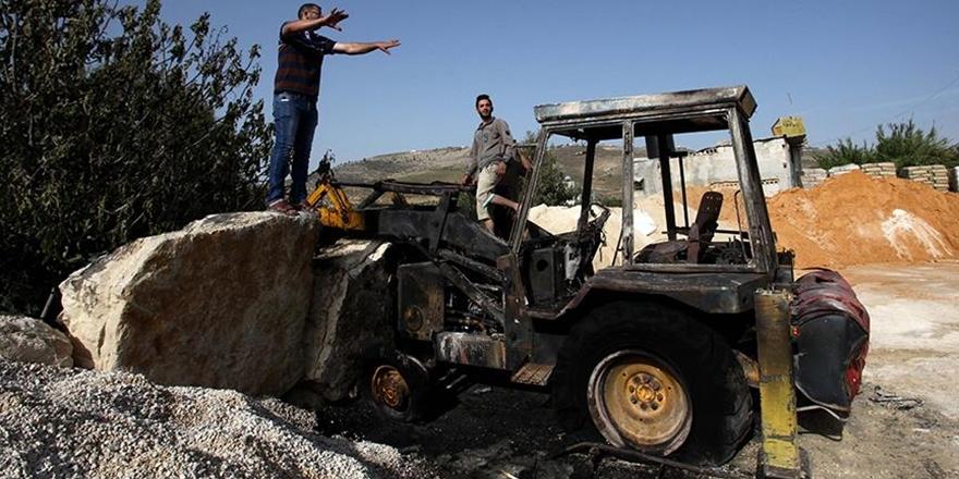 Siyonist Yerleşimciler Bir Filistinlinin Aracını Ateşe Verdi!