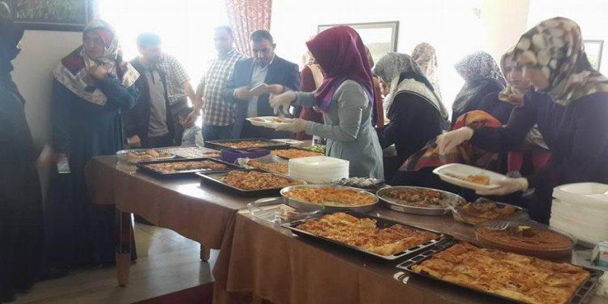 Muş Özgür-Der'den Yetim Köyüne Yardım Etkinliği