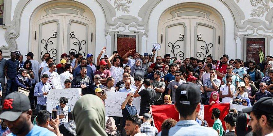 Tunus'un Güneyindeki Gösterilerde 1 Kişi Hayatını Kaybetti