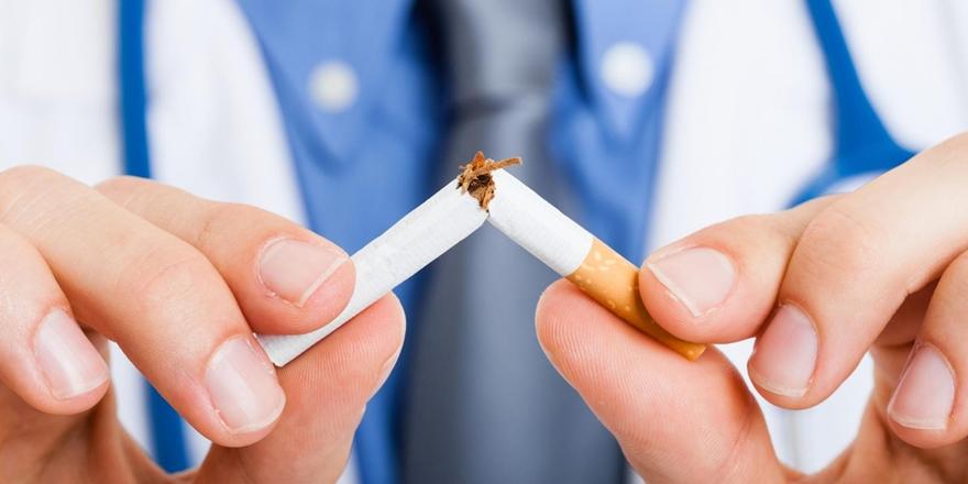 """""""Sigara Diş Eti Hastalığı Riskini 4 Kat Arttırıyor"""""""