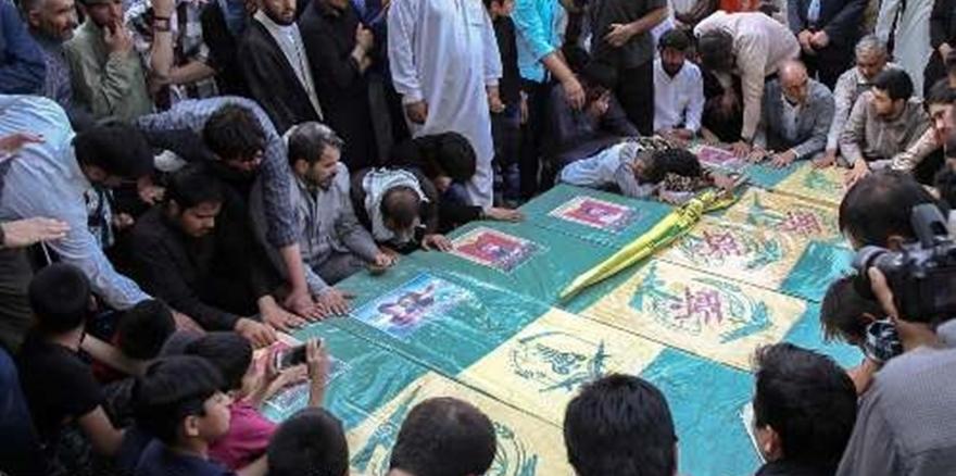 Suriye'de Öldürülen 7 Militan Daha İran'da Gömüldü!