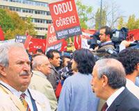 Kemal Gürüzden Kıbrıs Vurgunu