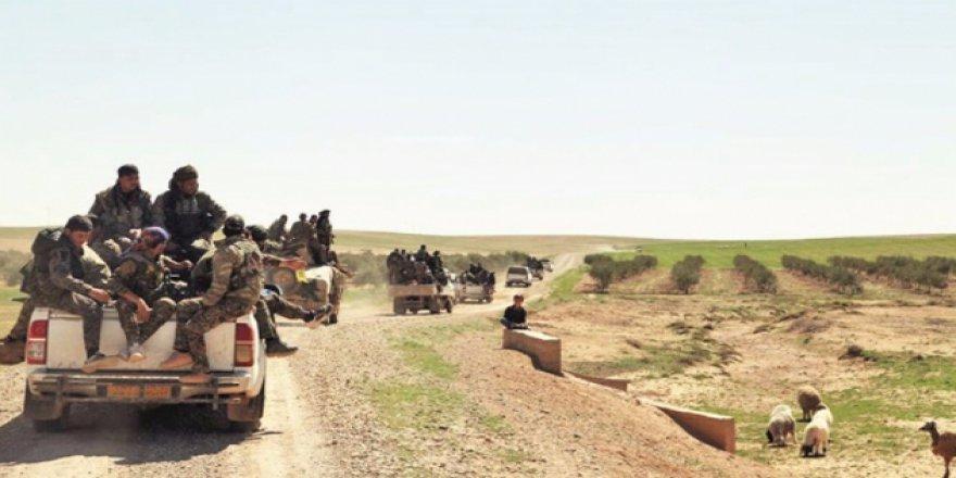 ABD ve İngiltere'nin Suriye'deki Yeni Hedefi Deyrizor mu?