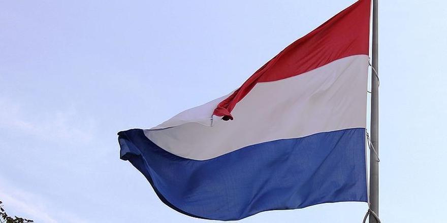 Hollanda'dan FETÖ Taraftarlarının Çoğuna Oturma İzni!
