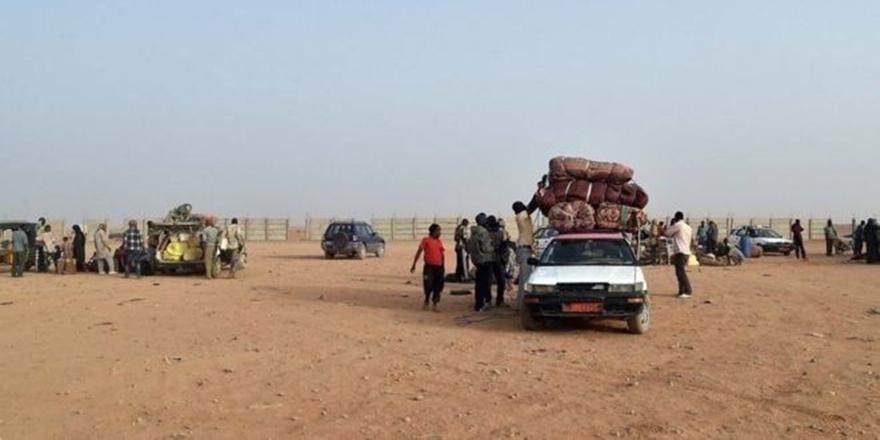 Sahra Çölü'nde Mahsur Kalan Göçmenler Kurtarıldı