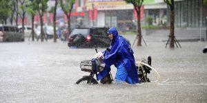 Çin'in Güneyi Sular Altında: Can Kaybı Sayısı 56 Oldu