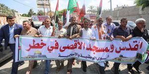 Gazze'de İşgalci İsrail'in Irkçı Uygulamaları Protesto Edildi!