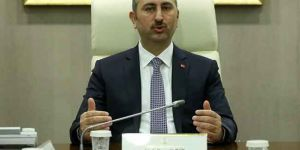 AK Parti'nin Hukukçu Vekillerinden Tek Tip Kıyafet Uyarısı