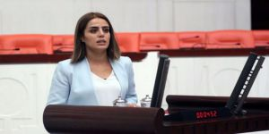 Gözaltına Alınan HDP'li Ayşe Acar Başaran Serbest Bırakıldı