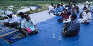 Myanmar'da Cami ve Dini Eğitim Veren Okul Kapatıldı