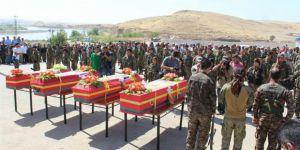 YPG'den Rakka'da Öldürülen Yabancı Militanlara Cenaze Töreni!