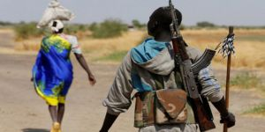Sudanlıların Silahlarını Toplamak İçin Sınırlar Kapatıldı