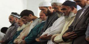 Tacikistan'da Despotizmi Korumanın Yolu İslam'la Savaştan Geçiyor!