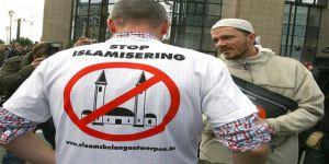 Almanya'da Müslümanlara Yönelik Şiddet Arttı