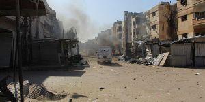 Esed Rejimi Humus'taki Kuşatma Alanlarına Saldırıyor!