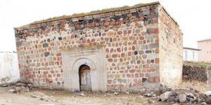 Samanlık Yapılan Asırlık Cami 78 Yıl Sonra İbadete Açıldı