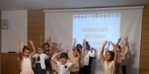 Meryem-Der'in Yaz Okulu Yıl Sonu Programı Yapıldı