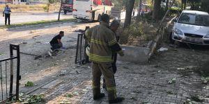 İzmir'de Cezaevine Ait Servis Aracının Geçişi Sırasında Patlama!